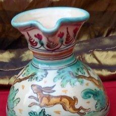 Antigüedades: JARRA VINATERA PINTADA Y VIDRIADA DE PUENTE DEL ARZOBISPO ( TOLEDO ). Lote 252395550