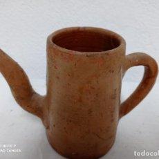 Antigüedades: ANTIGUA LECHERA DE BARRO. Lote 252447095