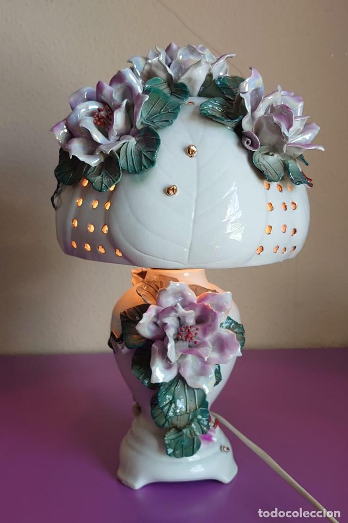 LAMPARA DE MESA CERAMICA ESTILO CAPODIMONTE (Antigüedades - Iluminación - Lámparas Antiguas)