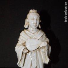 Antigüedades: ANTIGUA PORCELANA CERAMICA ALGORA ? FIGURA MONJE. Lote 252595045