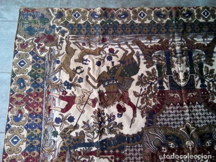 Antigüedades: TAPETE BROCADO. COBERTOR. 1,45M. (Rf:58/e) - Foto 2 - 252617045
