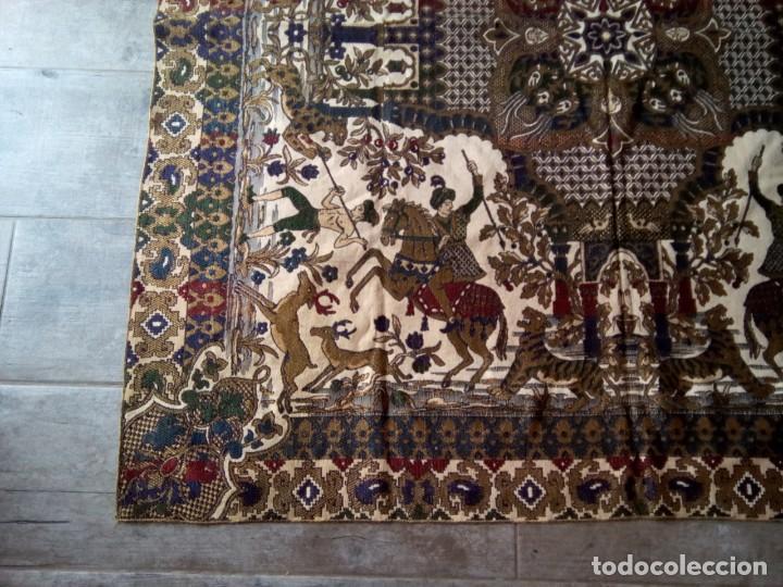 Antigüedades: TAPETE BROCADO. COBERTOR. 1,45M. (Rf:58/e) - Foto 6 - 252617045