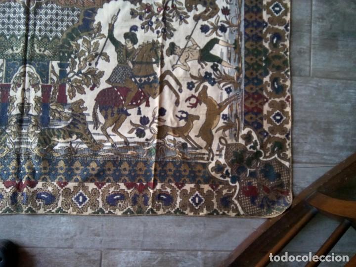 Antigüedades: TAPETE BROCADO. COBERTOR. 1,45M. (Rf:58/e) - Foto 7 - 252617045