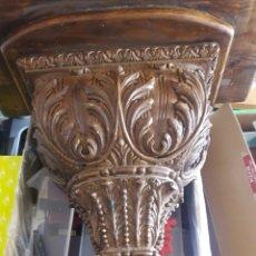 Antigüedades: ANTIGUA GRAN MENSULA REPISA DE MADERA TALLADA. Lote 252633465