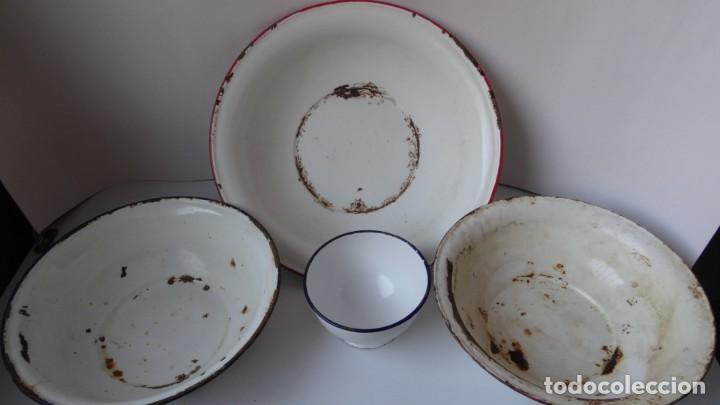 LOTE DE 3 PALANGANAS Y 1 CUENCO DE CHAPA ESMALTADA (Antigüedades - Técnicas - Rústicas - Utensilios del Hogar)