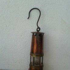 Antigüedades: ANTIGUO FAROL LAMPARA MARINERO EN COBRE Y LATON FUNCIONA. Lote 252769190