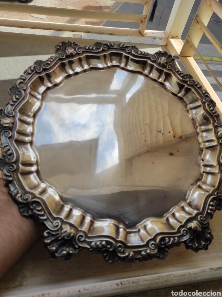 Antigüedades: Antigua Bandeja con Baño de Plata - Foto 2 - 252808155