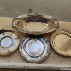 Antigüedades: ANTIGUO LOTE DE 4 BANDEJAS CON BAÑO DE PLATA Y MARCAJES. Lote 252810375