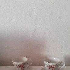 Antigüedades: GUEJO DE 4 TAZAS A CAFE PORCELANA RAPHAELA WIUTERLIUY ROSIAU BAVARIA. Lote 252810715