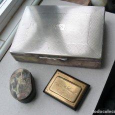 Antigüedades: CAJA PLATEADA PARA CIGARROS Y 2 CAJAS DE RAPÉ. INGLATERRA. Lote 252848010