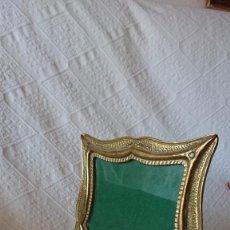 Antigüedades: PRECIOSO MARCO DE BRONCE. Lote 252942575