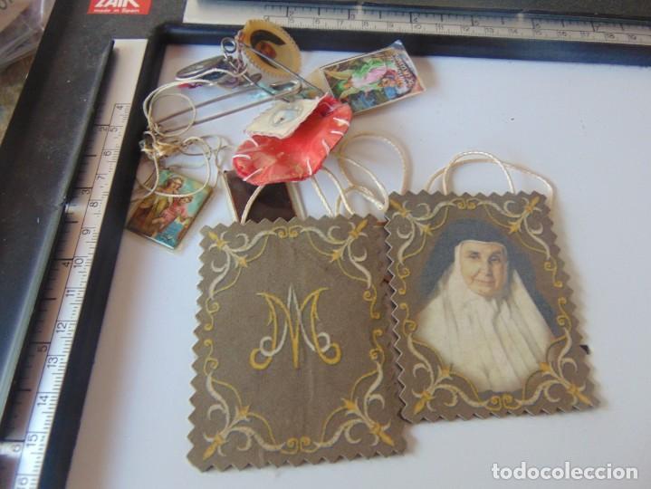 LOTE DE ESCAPULARIOS, MEDALLAS , RELIQUIAS DE SOR ANGELA DE LA CRUZ (Antigüedades - Religiosas - Escapularios Antiguos)