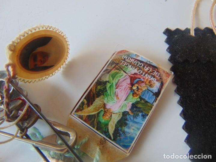 Antigüedades: LOTE DE ESCAPULARIOS, MEDALLAS , RELIQUIAS DE SOR ANGELA DE LA CRUZ - Foto 5 - 252969345