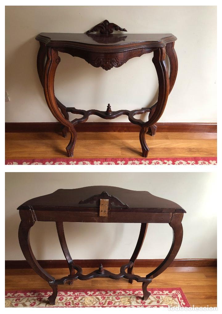 Antigüedades: Consola antigua vintage estilo Luis XV. Mesa de pared. Faldón con decoración tallada. - Foto 3 - 253015050