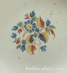 PLATO. ALCORA. FÁBRICA CONDE DE ARANDA. AÑO 1800. SIGNADO CON UNA *R. SERIE EL RAMITO. (Antigüedades - Porcelanas y Cerámicas - Alcora)