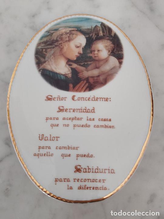 Antigüedades: Oración de la Serenidad en porcelana marca Cister - La Palma - Cartagena - - Foto 6 - 253143230