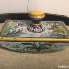 Antiguidades: SECANTE CERAMICA TALAVERA - NUMÉRA Nº 474 - MUY ANTIGUA , RECUPERADA DE UN ESCRITORIO DE UN NOTARIO. Lote 253269195