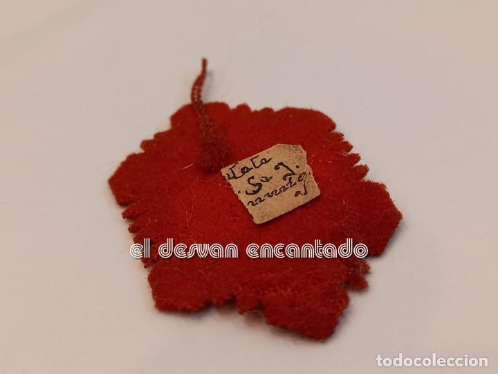 Antigüedades: DETENTE BALA o escapulario muy antiguo. Sagrado Corazon - Foto 2 - 253280840