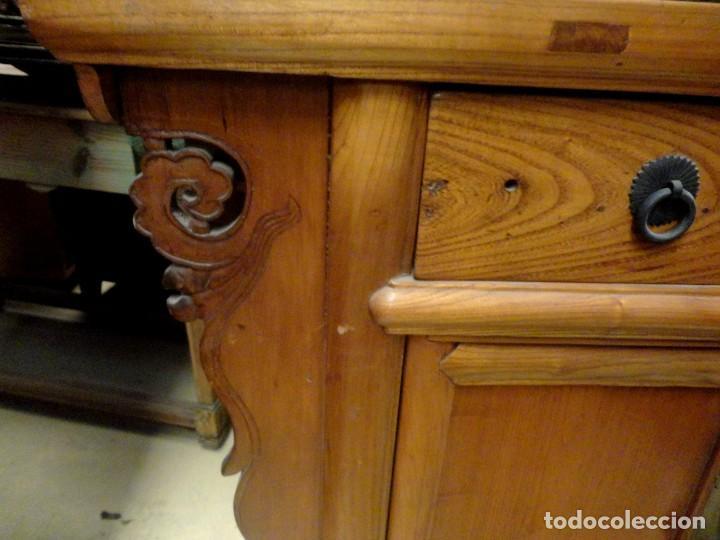 Antigüedades: Aparador bajo chino antiguo realizado en madera de olmo - Foto 4 - 253315350
