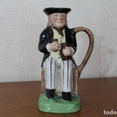 Antigüedades: JARRA DE PORCELANA TONY WOOD STAFFORDSHIRE CHIVAS REGAL. Lote 253324130