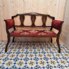 Antigüedades: SOFA DE CAOBA CON MARQUETERIA DE HUESO. Lote 253407150