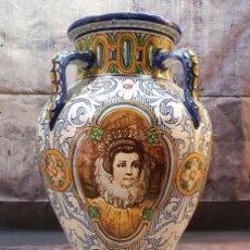 Antigüedades: GRAN JARRON CERAMICA TALAVERA O TRIANA 66 CMDE ALTO. Lote 253408635