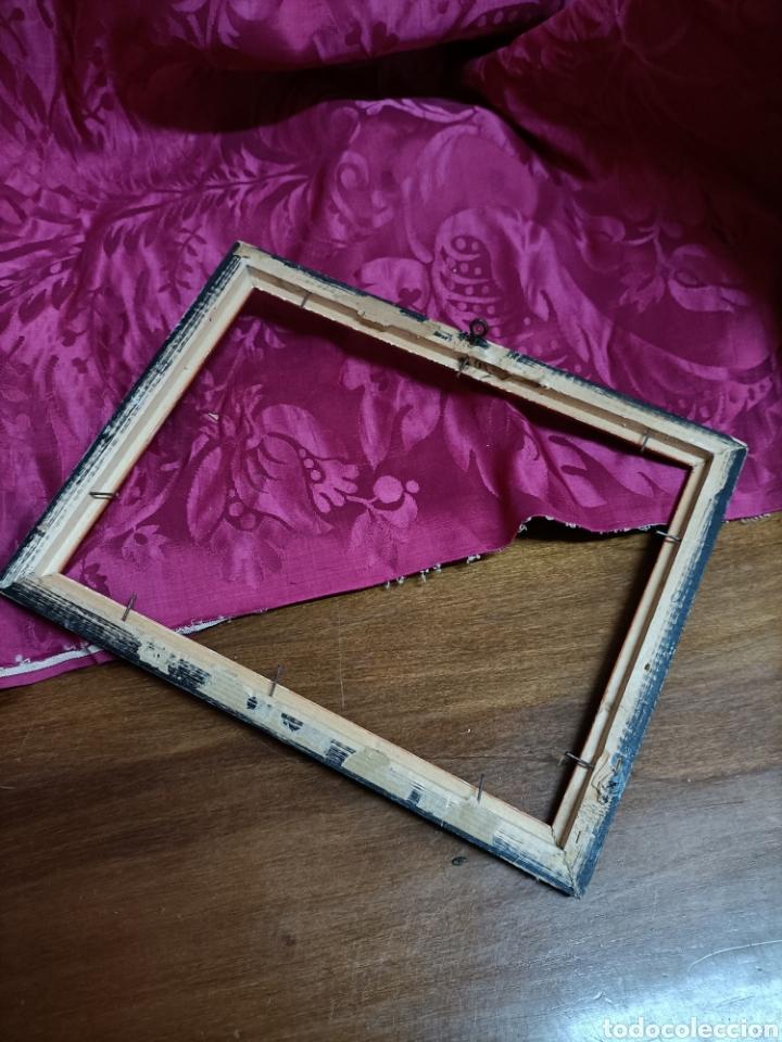 Antigüedades: Marco. Fuera 26,5 x 21 cms. Ancho de los bordes 2 cms - Foto 3 - 253437435