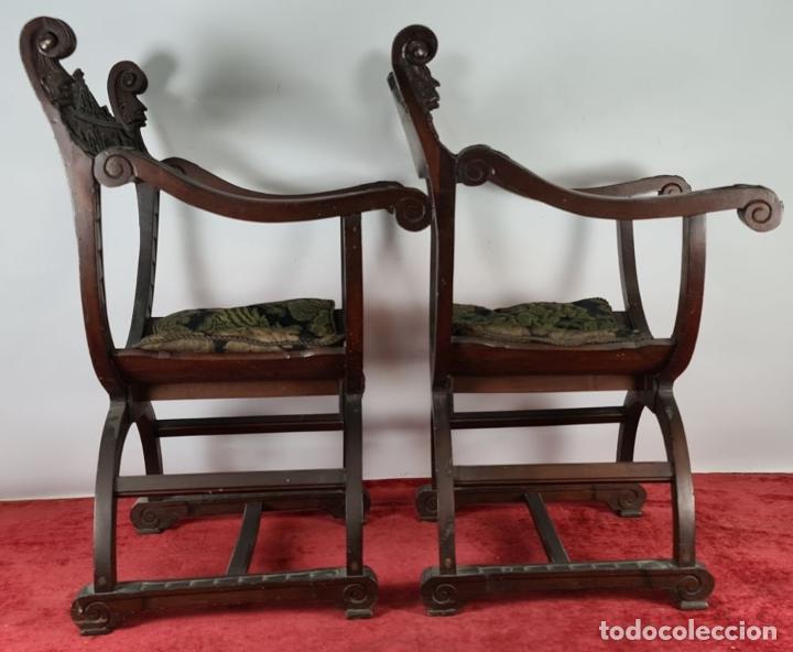 Antigüedades: PAREJA DE SILAS JAMUGA. MADERA DE NOGAL TALLADO. ESTILO BARROCO. SIGLO XIX. - Foto 2 - 253454590