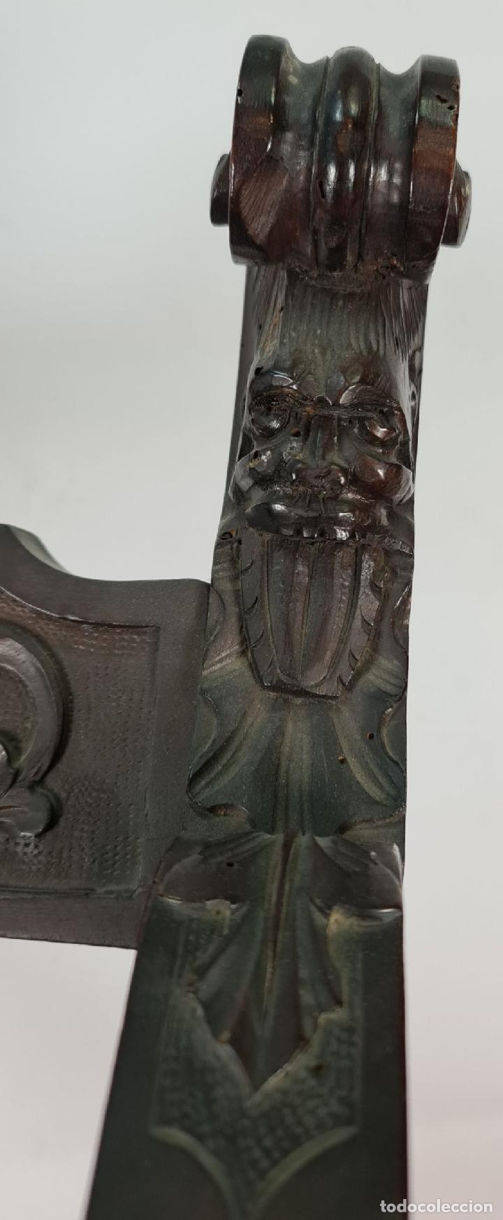 Antigüedades: PAREJA DE SILAS JAMUGA. MADERA DE NOGAL TALLADO. ESTILO BARROCO. SIGLO XIX. - Foto 6 - 253454590