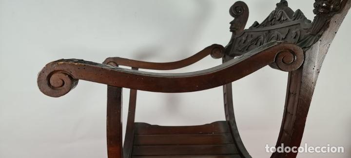 Antigüedades: PAREJA DE SILAS JAMUGA. MADERA DE NOGAL TALLADO. ESTILO BARROCO. SIGLO XIX. - Foto 18 - 253454590