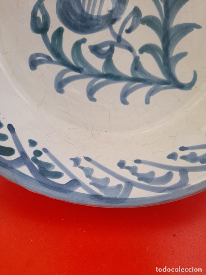 Antigüedades: Gran fuente o lebrillo de ceramica Granada fajalauza primera mitad siglo xx - Foto 2 - 253523810