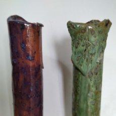 Antigüedades: FLOREROS BARRO DECORADOS.. Lote 253541305