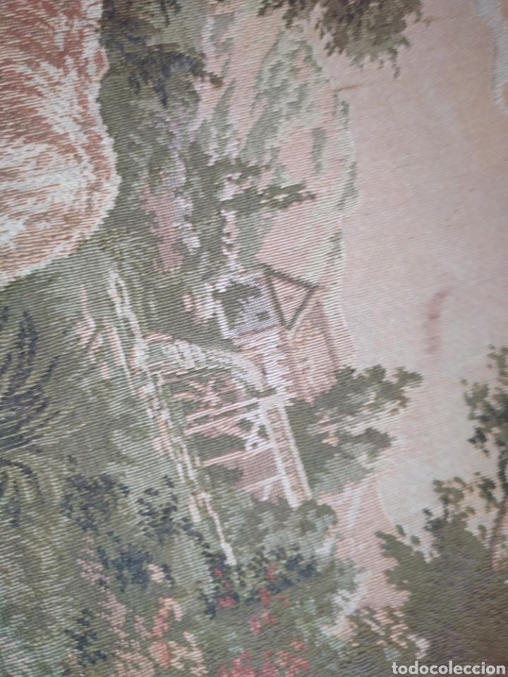 Antigüedades: ANTIGUO TAPIZ ENMARCADO ESCENA PASTORES VACA CHICO CHICA LAGO BOSQUE MONTAÑA PRECIOSO - Foto 8 - 253554005