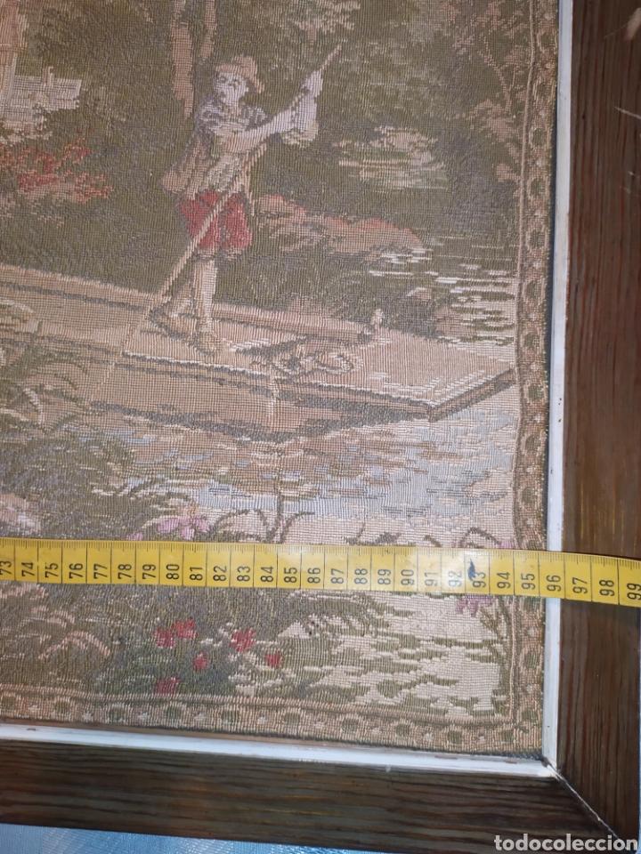 Antigüedades: ANTIGUO TAPIZ ENMARCADO ESCENA PASTORES VACA CHICO CHICA LAGO BOSQUE MONTAÑA PRECIOSO - Foto 11 - 253554005