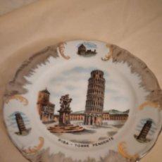 Antigüedades: BONITO PLATO DE PORCELANA CON IMAGEN DE LA TORRE DE PISA,WINTERLING SCHUWARZEMBACH BAVARIA GERMANY. Lote 253559105