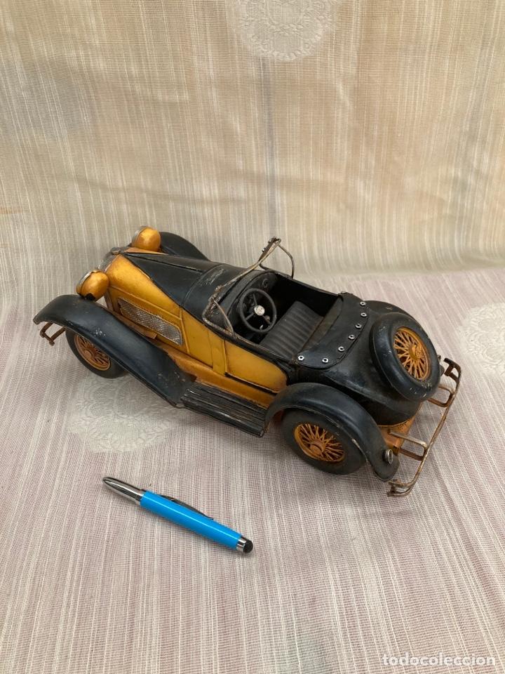 Antigüedades: Bonito coche decorativo de hojalata! - Foto 2 - 253559120