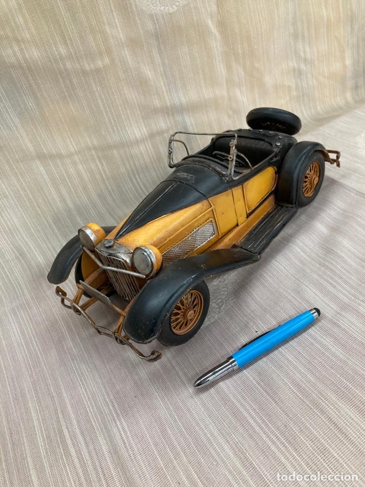 Antigüedades: Bonito coche decorativo de hojalata! - Foto 5 - 253559120