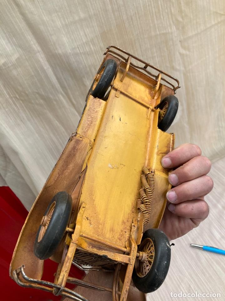 Antigüedades: Bonito coche decorativo de hojalata! - Foto 7 - 253559120