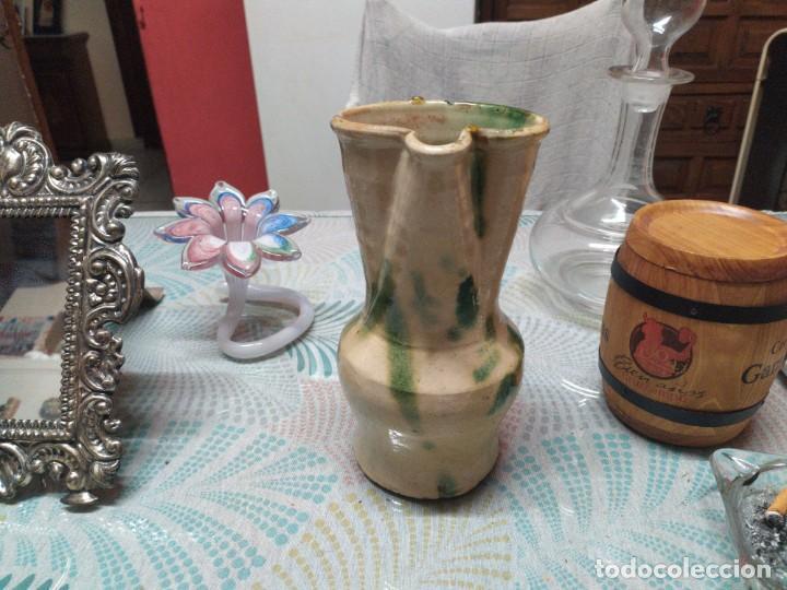 ANTIGUA JARRA DE UBEDA MIDE 23CM MIREN FOTOS (Antigüedades - Porcelanas y Cerámicas - Úbeda)