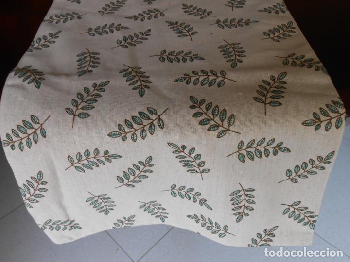 Antigüedades: Juego completo para la mesa. Lino estampado,hojas verdes. 6 piezas.Stock viejo años 80 - Foto 18 - 253730150