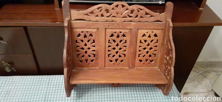Antigüedades: Mueble Repisa tallada en madera, de la India es plegable, 40x38x15 cm de fondo - Foto 2 - 253920615