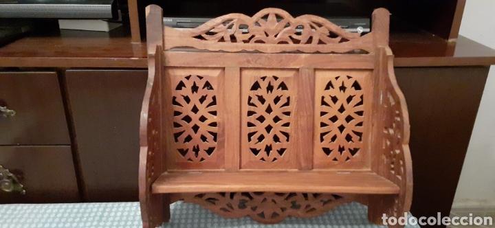 Antigüedades: Mueble Repisa tallada en madera, de la India es plegable, 40x38x15 cm de fondo - Foto 3 - 253920615