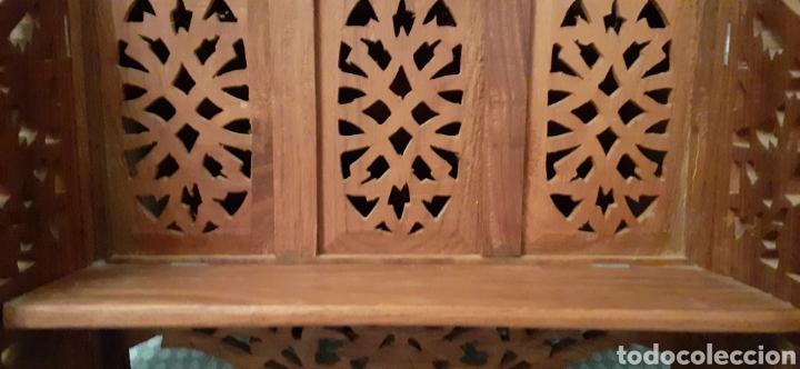 Antigüedades: Mueble Repisa tallada en madera, de la India es plegable, 40x38x15 cm de fondo - Foto 7 - 253920615