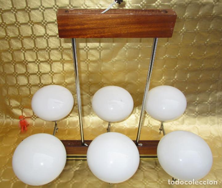 Antigüedades: ELEGANTISIMA LAMPARA MIDCENTURY EN TEKA LATON Y TULIPAS OPALINAS - Foto 5 - 253929595