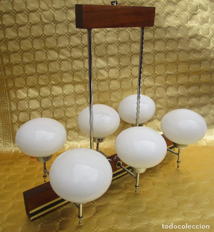 Antigüedades: ELEGANTISIMA LAMPARA MIDCENTURY EN TEKA LATON Y TULIPAS OPALINAS - Foto 7 - 253929595