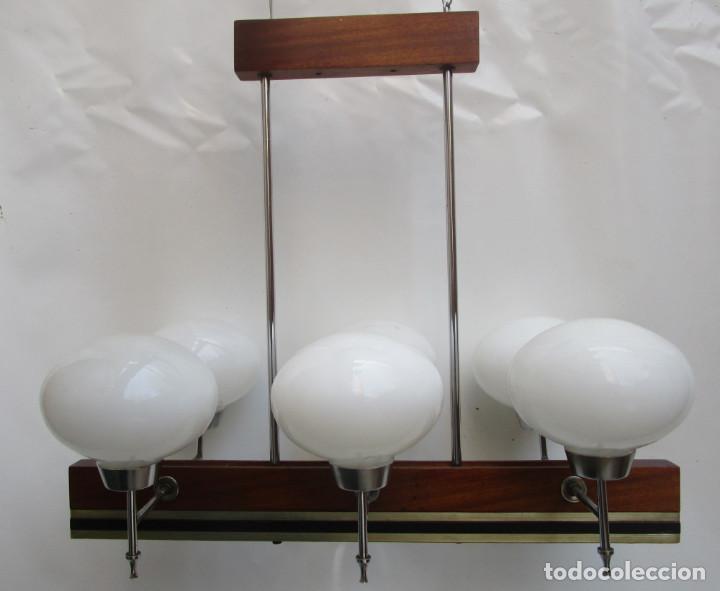 Antigüedades: ELEGANTISIMA LAMPARA MIDCENTURY EN TEKA LATON Y TULIPAS OPALINAS - Foto 12 - 253929595