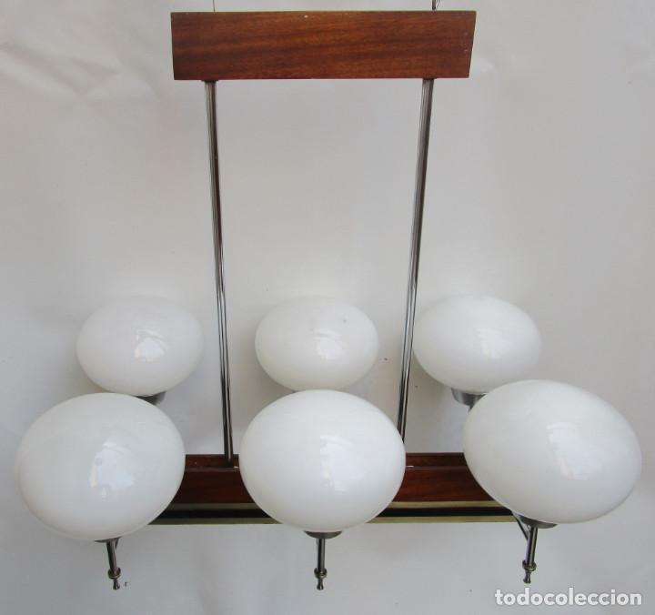 Antigüedades: ELEGANTISIMA LAMPARA MIDCENTURY EN TEKA LATON Y TULIPAS OPALINAS - Foto 13 - 253929595