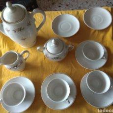 Antigüedades: AJUAR DE CAFÉ MAH VIGO SANTA CLARA. MOISES ÁLVAREZ E HIJOS. MOAHSA. Lote 253929710