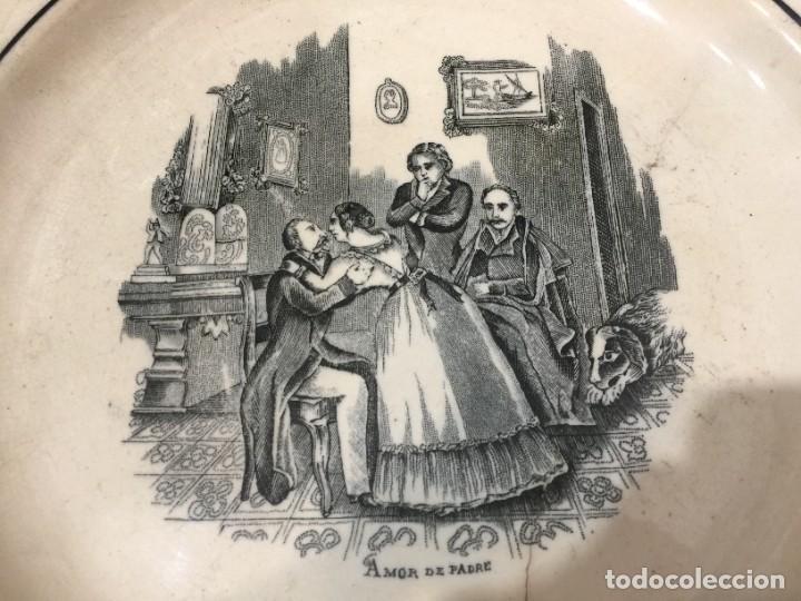 Antigüedades: Fuente con escena costumbista: Amor de Padre. Valarino. Cartagena. Diámetro: 27,5 ctms.Siglo XIX. - Foto 3 - 254226240
