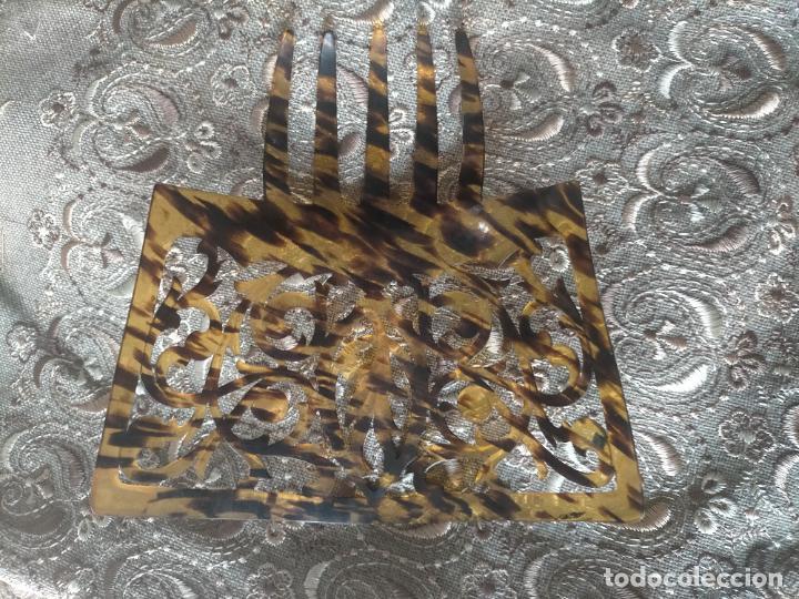 Antigüedades: ANTIGUA Y PRECIOSA PEINETA PARA MANTILLA ESPAÑOLA 18,8 X 16 CM - Foto 3 - 254385810